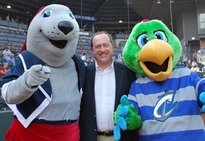 David Leland with Clippers mascots